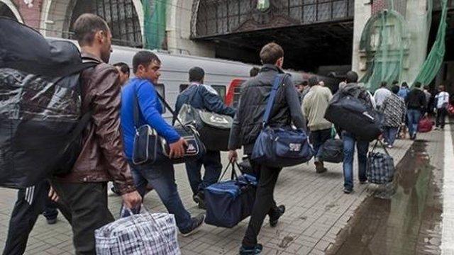 Мільйон українців будують дачі російським генералам і при цьому звинувачують Порошенка у нездатності перемогти в АТО