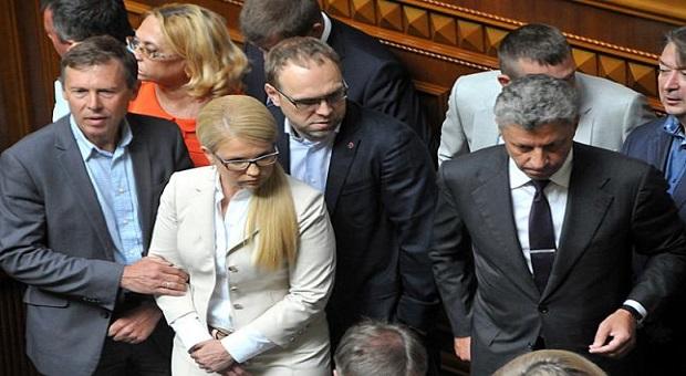 ЧИМ ГІРШЕ, ТИМ КРАЩЕ або чому Україна ходить по колу