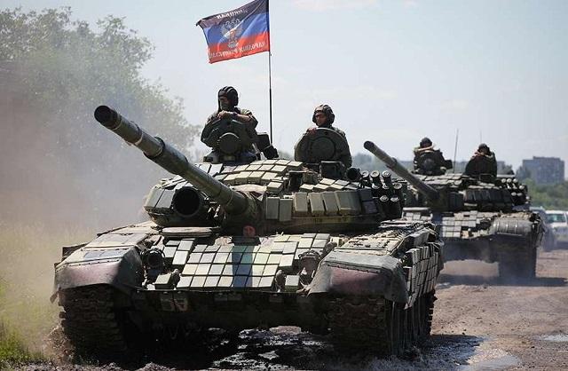 """""""ПОДАРУНОК"""" ПУТІНА НА 31 БЕРЕЗНЯ: росіяни формують ударний кулак з десятків танків"""