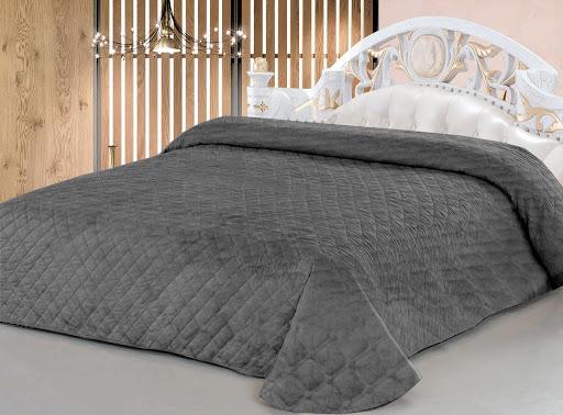 Что нужно учитывать при выборе покрывала на кровать?